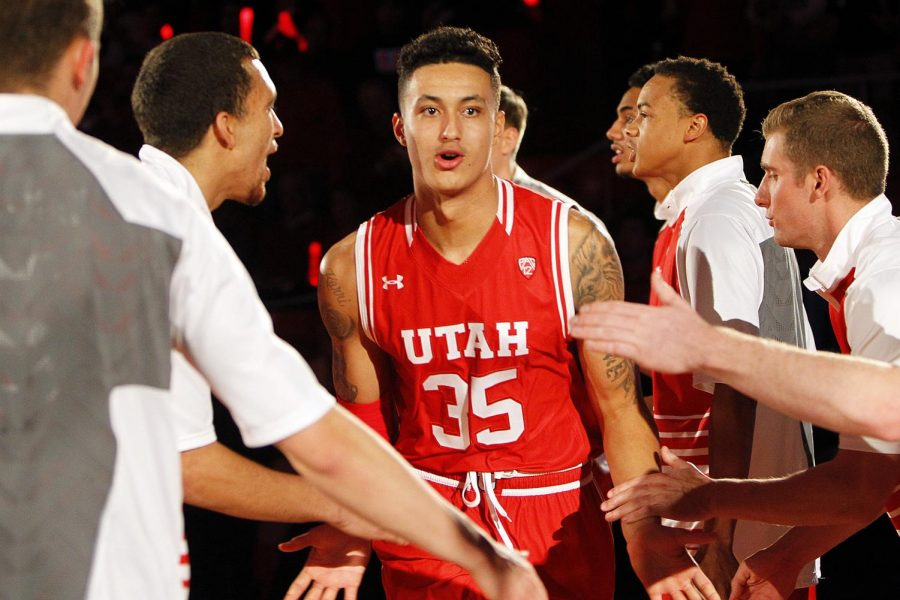 Redshirt+sophomore+forward+Kyle+Kuzma+%2835%29+is+introduced+before+an+NCAA+men%27s+basketball+game+against+the+BYU+Cougars+at+the+Jon+M.+Huntsman+Center%2C+Wednesday%2C+Dec.+2%2C+2015.+Chris+Samuels%2C+Daily+Utah+Chronicle.